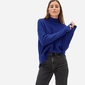 ✨EVERLANE The Oversized Stroopwafel Cashmere Turtleneck